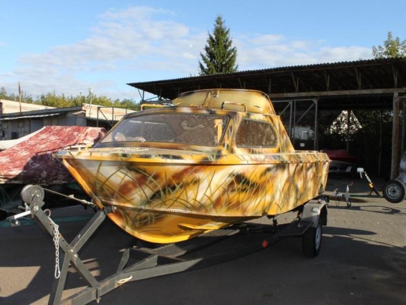 Как покрасить лодку под камыш